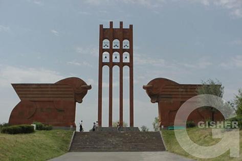 Сардарапат - мемориальный комплекс героям Сардарапатского сражения 1918 г