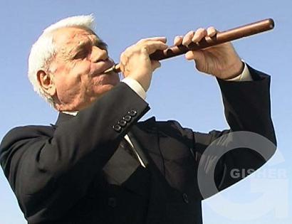 Дудук-музыка души...как же хочется в Армению((