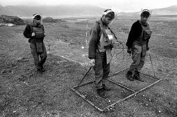 HALO Trust Minefield clearance, Askeran, Nagorno Karabakh © Onnik Krikorian , Oneworld  Multimedia.